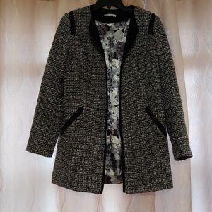 Dalia Collection blazer. Size XS.
